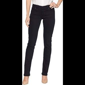 Lucky Brand Sweet'n Straight Jeans in portales